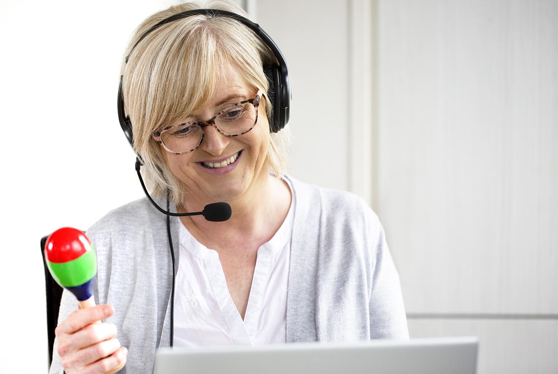 Chasing Rainbows Caroline Speech Therapist With Headset & Toy